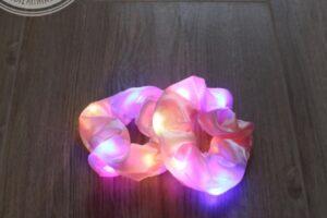 led scrunchie roze