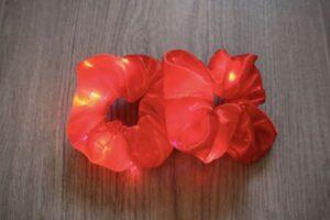 led scrunchie rood